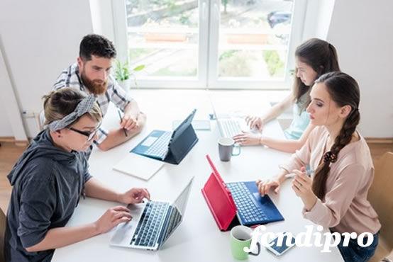 La formación y las finanzas para los emprendedores y autónomos de confianza